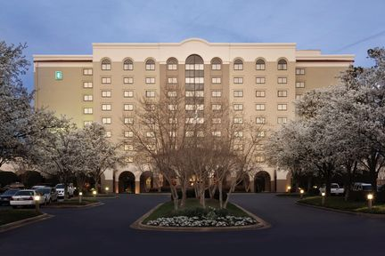 Embassy Suites - Greenville Golf