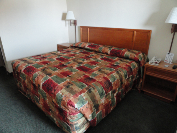 Travelers Inn & Suites - Sumter