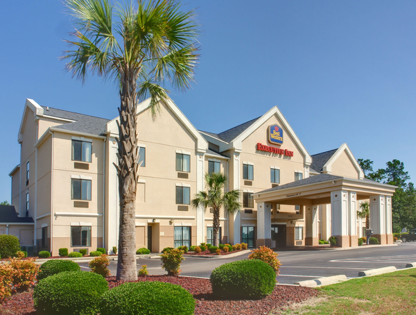 Best Western Executive Inn - Latta