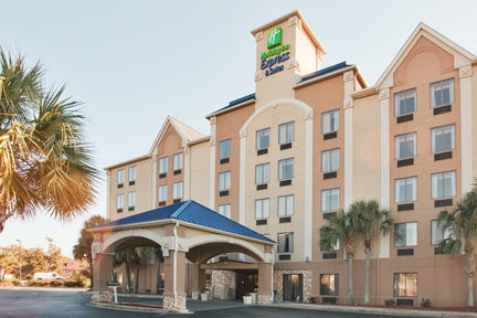 Holiday Inn Express & Suites - Murrells Inlet
